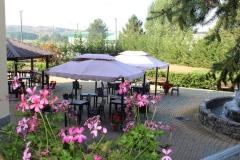 Hotel La Fattoria - Tavoli all'aperto